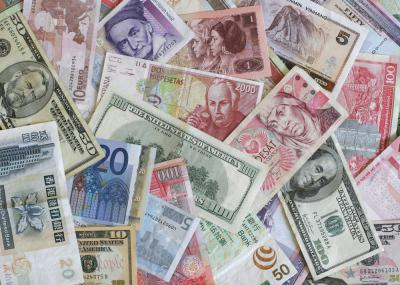 The Foreign Currency Game
